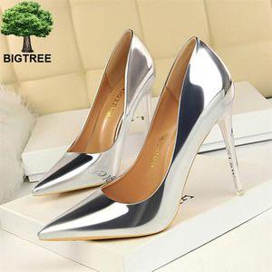 BigTree лакированной кожи женщины сексуальная партия Высокие каблуки Мода Управление Женская работа Насосы Женщины Свадьба Свадебная обувь