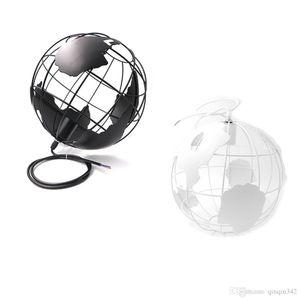 2020 Moderno Globe luces pendientes Negro / Blanco Color de lámparas pendientes para lámparas de techo bar / restaurante bola hueca