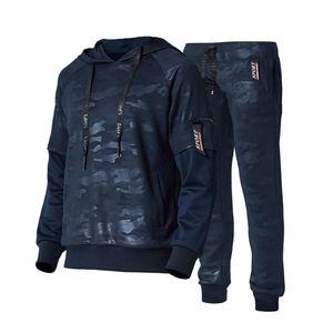 Men Camouflage Set 2018 Autumn New Hooded Tracksuit Male Casual Sportswear Sweatshirts+Pants 2PC Sets Men's Zipper Sporting Suit