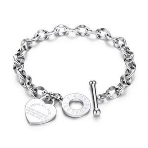 Bracelets en acier inoxydable 2020 Mots gravés Cœur personnalisé O Lettre d'amour Bible Proverbes 4:23 Bracelet de chaîne Femmes Bijoux Cadeaux