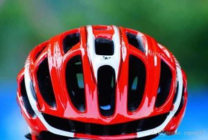 حجم L57-62cm 10 الألوان العقرب الدراجات خوذة جبل الطريق في العفن خوذة دراجة خفيفة دراجة خوذة مع LED أضواء بالجملة