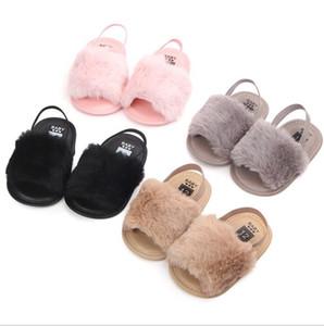 Sandals Anti-Slip Bebés Meninas Fur Sandals Baby First Walker Shoes Crianças Bebê antiderrapantes criança calçados casuais do desenhador de moda crianças Sandals