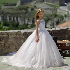 2020 preiswerte weiße Blumen-Mädchen-Kleider für Hochzeiten Spitze-lange Hülsen Mädchen-Festzug-Kleider Erstkommunion Kleid kleine Mädchen Prom Ballkleid
