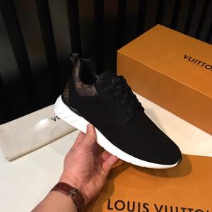 جديد الأزياء والأحذية عارضة الرجال اليومية الأحذية لوح التزلج حياة الترف الأزياء شقة أحذية رياضية المشي السوداء جودة عالية عداء في الهواء الطلق
