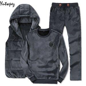 Yutwpez 2019 Suit Inverno Homens Moda Sporting Hoodie colete + calça + camisola morna de veludo 3 peças Sets Set Treino Homens