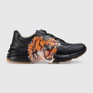 Mens Rhyton Scarpe papà della scarpa da tennis della moda di Parigi di lusso del progettista delle donne Scarpe con la zeppa Sport Strawberry Saluto Bocca Tiger Web Print c20
