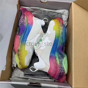Paris New Crystal Bottom Triple-S Zapatos de ocio Luxury Dad Shoes Rainbow Triple S Sneakers para hombres Mujeres Vintage Kanye Old Grandpa Trainer