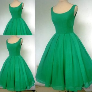 Vintage 1950's Short Emerald Green Cocktail Dress Sexy Scoop Neck Chiffon Cute Party Prom and Homecoming Dress 1