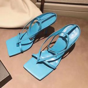 Herkunft Paket schicke Himmelblau V Riemen Stretch Sandale Designer Fersen stabile Sohle aus echtem Leder Schuhe mit einem quadratischen Sohle tradingbear