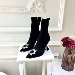 Nueva marca de lujo Amina Muaddi girasol Zapatos de tacón 95 mm Goblet Begum Embellished botas del tobillo de cristal adornado de estiramiento del calcetín Botas de satén
