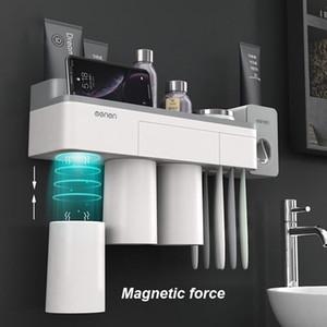 2pcs / set Plastik Duvar Diş Fırçası Tutucu Otomatik Diş Macunu Dispenser Tuvalet Depolama Raf Banyo Aksesuarları Set Monteli