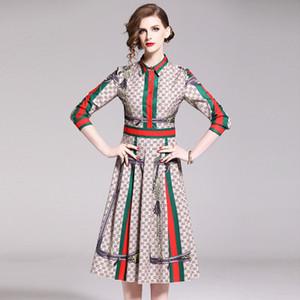 2019 Robes élégantes de la mode des femmes, Robe imprimée de beauté, Jupes mi-longues, Robe à manches longues pour femmes