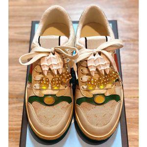 Mais recente Sapatos Da Moda Mulher Screener sapatos com cerejas Sapatos de grife de luxo de Alta qualidade Tamanho 35-40 Modelo HY04