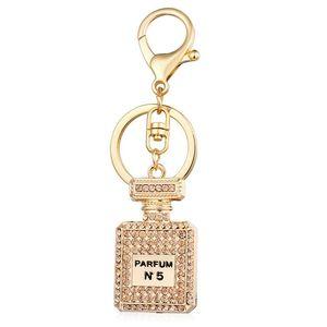 Sıcak Satış Moda Parfüm Şişesi kolye Dangle Charms KEYCHAIN Lüks Gümüş Altın Elmas Asfaltlanmış Araba Anahtarlık Takı Hediye
