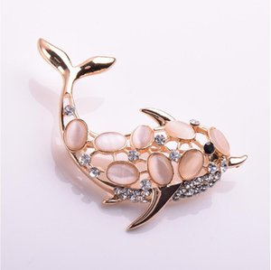 Creative Opal Dolphin Hollow Brooch Rhinestone alloy pin Elegant Animal Corsage Women's clothing accessories banquet jewelry