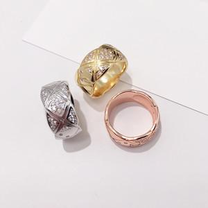 Gli anelli di cristallo di titanio dell'acciaio inossidabile di modo caldo di zircon i monili per i monili di nozze degli uomini delle donne anelli di bellezza dell'anello femminile accessorize