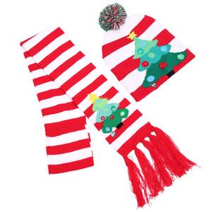 Chapeau de Noël Ensemble écharpe LED Cap Kit Costume Arbre Foulard de flocon de neige d'hiver à tricoter Beanies Keep Warm Fashion Patry