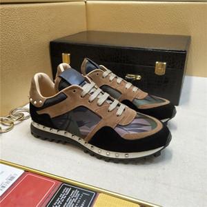 2018 جديد مصمم الأزياء العلامة التجارية التمويه كامو الجلد المدبوغ رصع حذاء رياضة أحذية ذات جودة عالية النساء الرجال المشي عارضة الشقق 36-45 مع صندوق