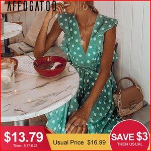 Affogatoo Deep V Neck Polka Dot Verde Summer Dress 2019 Ruffle Sleeveless Women Abito corto Sash Beach Sexy Dress Femme Vestido J190619