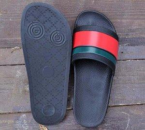 Nouveau Mode Classique Pantoufles Hommes Femmes Marque Designer Été Slides Luxury Beach Ladies Sandales Chaussures de sport en ligne