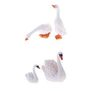 4pcs Swan y pato Figurita Colección del ornamento Staute Animal de Colección