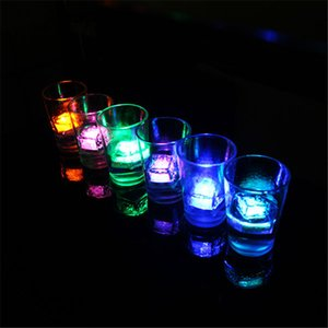 Christmas decoration Flash Ice Cube block light Water-Actived Flash Led Lamp Water Drink Flash Automatically for Party Wedding bars 3000pcs