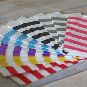 Unids 12 piezas Un conjunto de bolsas a prueba de aceite Stripe Snack Bolsa de papel Alimentos Paquete de hamburguesa francesa Venta caliente 1 9al UU