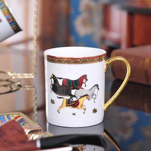Porselen kahve fincanı çay bardağı altın seramik çay bardağı kafe kupa süt fincan tanrı atlar tasarım anahat doğru kupalar