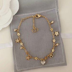 Luxus-Designer-Frauen Armbänder Sternherz Designer Armband elegante High-End-Retro-goldenen Lettern Diamant-Ohrringe und Halskette Anzug Schmuck