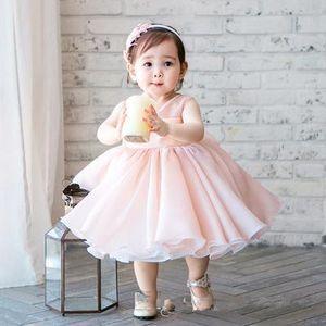 Vestido de fiesta de cumpleaños del vestido del bautizo del bebé del vestido del bautizo del bebé de la gasa sin mangas recién nacida linda para el bebé