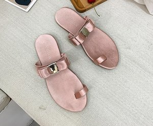 2019 overseas hot style transparent alphabet slippers fashion thick bottom flip-flops flat with beach ladies summer