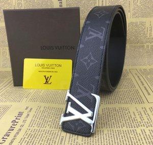 Belt Cintos Designer Mens Belts Designer Belt Cobra Luxo Belt Cintos de couro do negócio Womens Big fivela de ouro