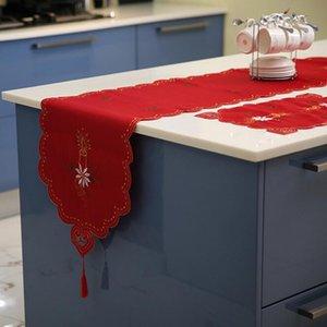 التطريز عيد الميلاد الجدول الحرير مفرش المائدة الحرف تحديد الموقع الجدول العلم الاحمر القماش يغطي نافيداد عيد الميلاد الديكور للمنازل