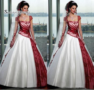 Vintage Saudi Arabia Wear Plus Size Wedding Dresses Lace Appliques Bridal Ball Gown Backless Bride Gowns