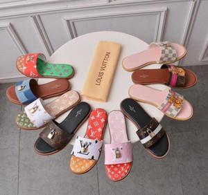2020 sandálias chinelos de mulheres que andam ocasional praia sapatos chinelos chinelos de massagem sapatos baixos Verão mulheres de luxo caixa de sapatos + sacos de pó