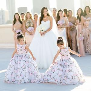 2019 웨딩 핸드를위한 귀여운 프린트 된 꽃의 소녀 드레스는 꽃을 만들었다 Bateau Cap Sleeve Girls Pageant Dresses 유아 드레스 정식 가운 Kids