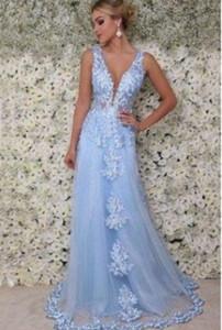 2020 Nova V-neck Cristais baratos Prom Dresses Ruffles pérolas elegantes Evening Vestidos Formais vestidos de fiesta vestes de bal