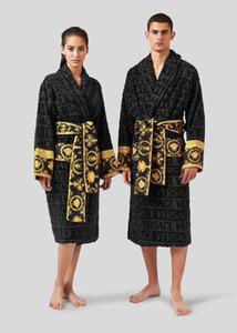 مصمم العلامة التجارية النوم رداء للجنسين يلة القطن رداء نوعية جيدة البشكير رداء الأزياء الفاخرة المرأة الأنيقة تنفس الملابس الساخنة بيع 1739