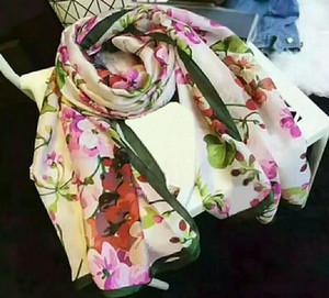 Hochwertige 2019 Fashion Herbst und Winter Marke Seidenschals zu eng, super lange Schal Art und Weise der Frauen weichen Seidenschals