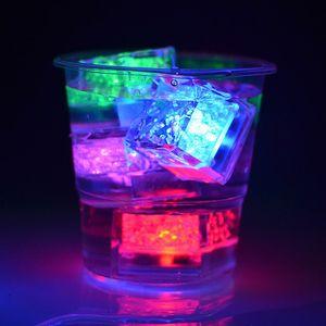 المياه المنشط فلاش الصمام الخفيفة آيس كيوب متعدد الألوان فلاش آيس كيوب فلاش تلقائيا حفل زفاف عيد الميلاد LED آيس كيوب BH0152