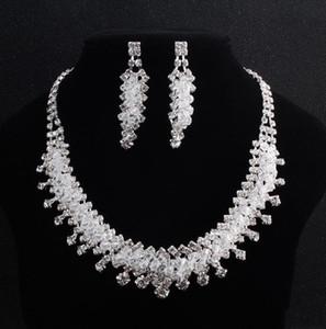 2020 Romantische Kristalle 2 Stück Brautschmuck 1 Satz Hochzeit Halskette-Ohrring für Bräute Schmuck Braut Accessorides Geburtstags-Party