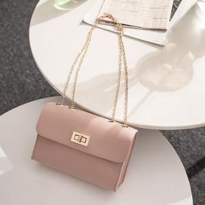 Großhandel British Fashion Einfache Small Square Bag Damen Designer Handtasche 2019 Hochwertige PU Leder Kette Handy Umhängetaschen
