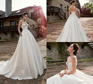 A Linha de cetim casamento de praia Vestidos Spaghetti Trem da varredura Sem Costas Lace apliques Simples País vestidos de noiva sob encomenda Dresss Feito Wedding 4299