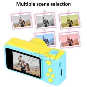 Fotocamera digitale per bambini Mini 1080P giocattolo del giocattolo del giocattolo dei cartoni animati del giocattolo dei bambini del regalo di compleanno del regalo di compleanno della macchina fotografica da 2 pollici supporti ricaricabili da 2 pollici Scheda TF