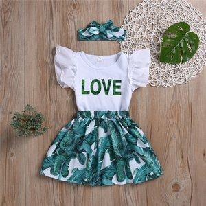 Новые летние девочки детская одежда Набор Летучий Sleeve Letter Printed Top + Banana Leaf юбка + оголовье 3 шт набор детей дизайнер одежды девочки JY591