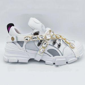 2020 nouvelles chaussures de sport en cuir plissés arène mens chaussures bas, plus haut 35-45 chaussures pour hommes occasionnels IC30