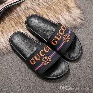 2020 ile Kutusu Yeni Geliş Lüks 3D Flip Flop Sandalet Moda Erkekler Kadınlar Kürsörler Yaz Plaj Terlik Açık Ayakkabı yazdır