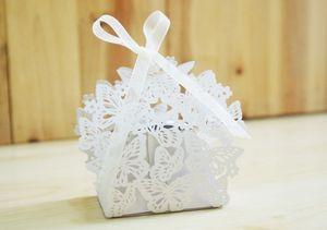 Toptan Kelebek Hollow Lazer Kesim Düğün Şeker Favor Kutuları Kişilik Hollow Düğün Kelebek Şeker Çikolata Kutusu Favor Sahipleri