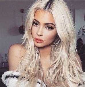 Heißer verkauf blonde lange lockige perücke hitzebeständige sttentische cosplay perücke volle perücke für frauen partyperücken braun graue farbe