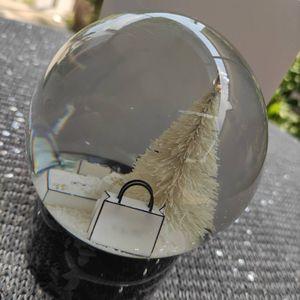 Nueva moda C símbolo de recogida globo de la nieve del árbol de navidad Globo de lujo negro inferior regalo especial regalo de la novedad para decorar